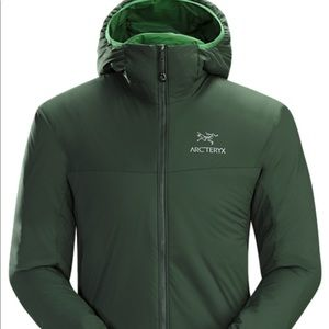 Arc'teryx Atom LT Hoodie in Conifer Green